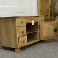 Large Old Pine Sideboard with Drawers c.1910 (4 of 6)