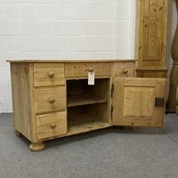 Large Old Pine Sideboard with Drawers c.1910 (5 of 6)