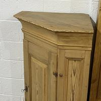 Large Very Old Pine Floor Standing Corner Cupboard (3 of 7)