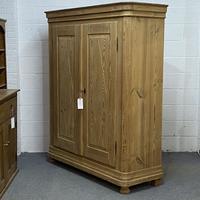 Large Double Antique Pine Wardrobe (Dismantles) (2 of 12)