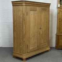 Large Double Antique Pine Wardrobe (Dismantles) (3 of 12)