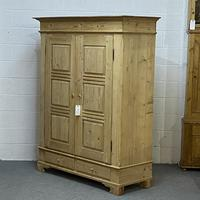 Antique Double Pine Wardrobe with Bottom Drawers 'Dismantles' (3 of 8)