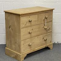 Small Old English Pine Chest of Drawers (3 of 5)