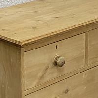 Small Old English Pine Chest of Drawers (4 of 5)