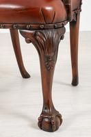 Good Pair of Leather Queen Anne Style Library Chairs (8 of 8)