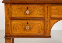Satinwood Sheraton Design Carlton House Type Desk (7 of 15)