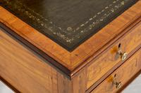Satinwood Sheraton Design Carlton House Type Desk (10 of 15)