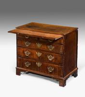 George III Period Oak Chest of Drawers (2 of 6)