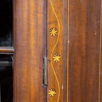 Most Attractive George III Period Mahogany Corner Cupboard (3 of 6)