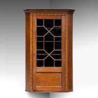 Most Attractive George III Period Mahogany Corner Cupboard (5 of 6)