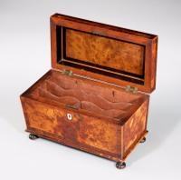 Regency Period Burr Yew Shaped Box (3 of 4)