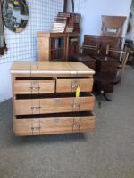 Oak Chest of Drawers (4 of 6)