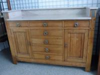 Arts & Crafts Sideboard (4 of 6)