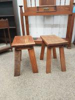 Pair of Cotswold Stools (2 of 3)