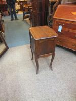 Small French Table (6 of 6)