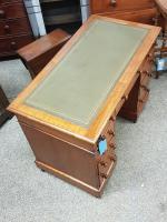 Small Victorian Desk (2 of 5)