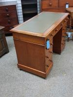 Small Victorian Desk (3 of 5)