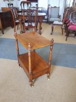 Small Victorian Table (2 of 5)