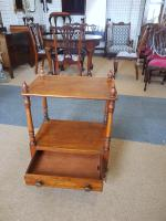 Small Victorian Table (3 of 5)