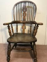 Windsor Chair (11 of 15)