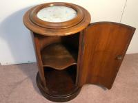 Pedestal Cupboard (8 of 12)