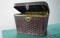 Rare Bon Voyage Tin from Dean's of New York c.1911 (5 of 10)