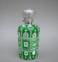 Victorian Silver & Bohemian Triple Cased Overlay Green Glass Scent Bottle c.1890 (3 of 7)