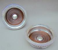 Superb Pair of Mid 20th Century Solid Silver Wine Coasters by Mappin & Webb, Birmingham 1968 (3 of 8)
