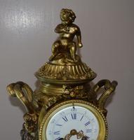 Large Impressive Vase Bronze French Victorian Mantel / Table Clock (7 of 7)