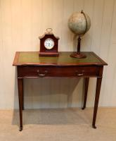 Mahogany Serpentine Front Writing Table (5 of 9)