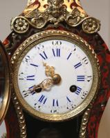 Small French Tortoiseshell & Brass Inlay Mantel Clock (6 of 9)