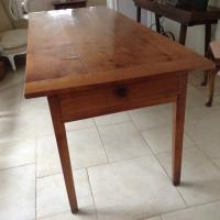 Farmhouse Table (2 of 3)