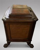 Lovely Irish Mahogany Cellarette 19th Century (3 of 5)