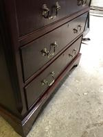 Small Mahogany Chest of Drawers (6 of 10)