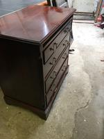 Small Mahogany Chest of Drawers (5 of 10)