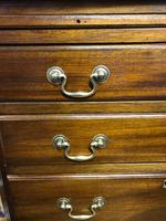 Good Mahogany Chest of Drawers (2 of 7)
