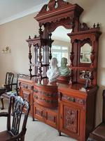 Top Quality Red Walnut Sideboard c.1870 (3 of 6)