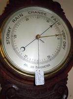 images/d000335/items/48455/mahoganybarometer.PNG