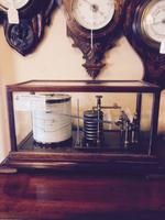 images/d000335/items/48464/Antiquemahoganyearly20centurybarograph3.PNG
