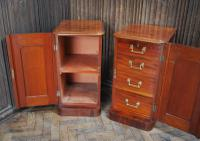 Pair of Mahogany Bedside Cabinets / Nightstands (5 of 7)