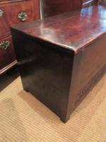 Superb 17th Century Oak Carved Marriage Coffer (6 of 7)