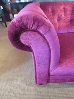 Very Comfortable Antique Upholstered Chesterfield Settee (4 of 7)