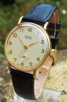 Gents 9 Carat Gold Vertex Revue Wrist Watch