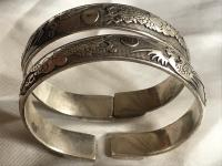 Pair of Vintage Oriental Chinese Silver Plate Bracelet Bangles Dragons Repousse