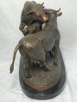 19th Century Victorian Bronze Bulls Sculpture After Paul Edouard Delabrierre (10 of 41)