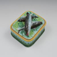 Victorian George Jones Majolica Sardine Box Turquoise Ground (2 of 11)