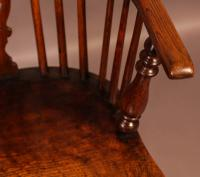Ash & Elm Windsor Chair c.1850 (8 of 9)