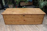 Mega Trunk! Huge! Old Pine Blanket Box / Chest / Table / Storage - We Deliver! (3 of 10)