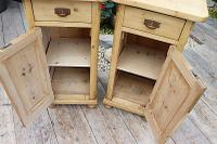 Superb!! Pair of Old Stripped Pine Bedside Cabinets / Cupboards - We Deliver! (4 of 9)