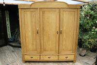 Huge! Quality! Old Pine Triple Knock Down' Wardrobe - We Deliver / Assemble (15 of 15)
